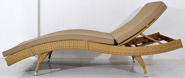 outdoor wave design lounge seat