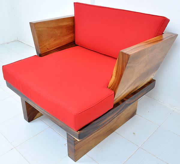 suar couch chair