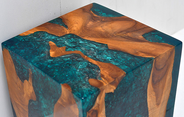 teak root and resin square stool