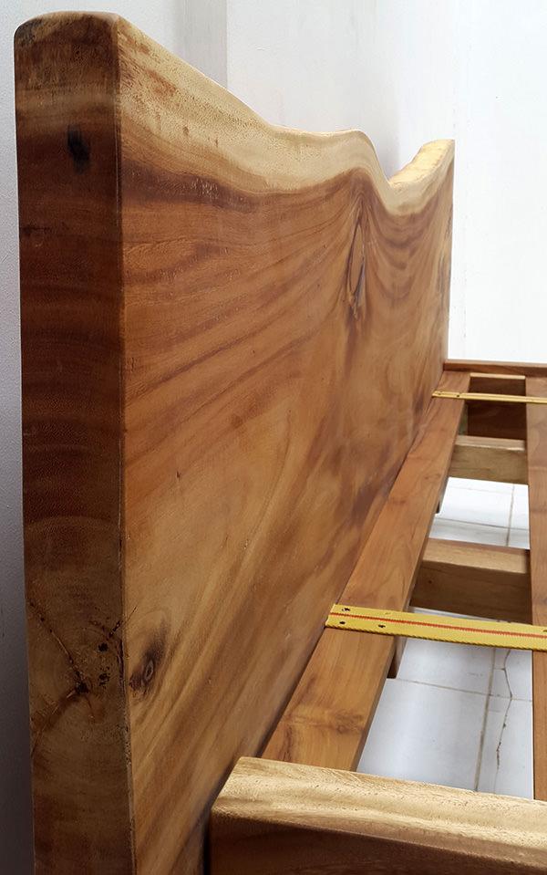 suar wood grain