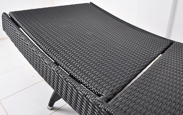 curved garden sun lounge chair with aluminium frame and synthetic rattan