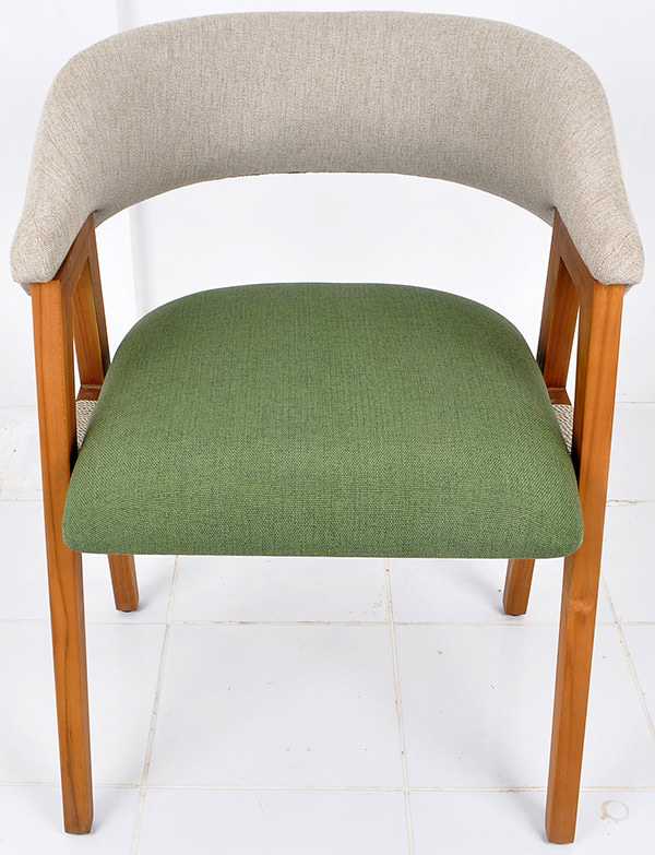 Dining chair with linen upholstery