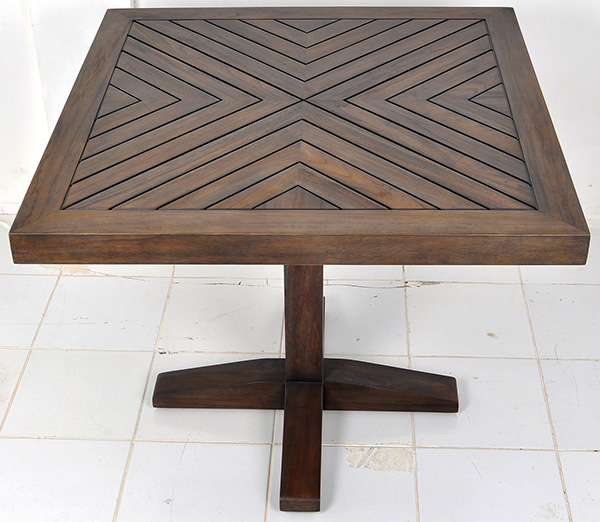 square outdoor teak table with central leg