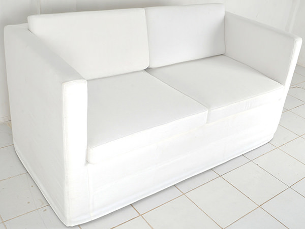 2 seaters couch