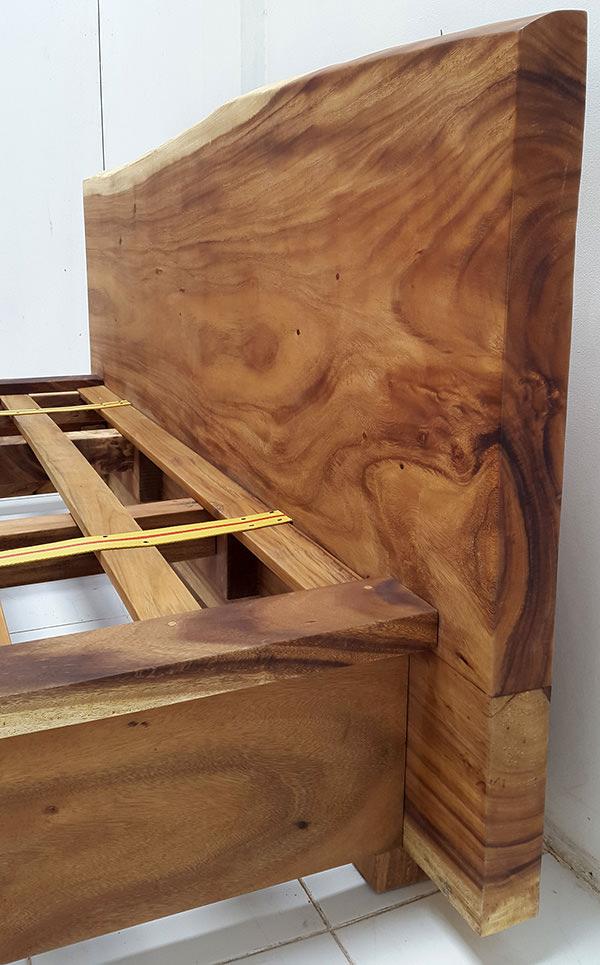 natural suar wood grain