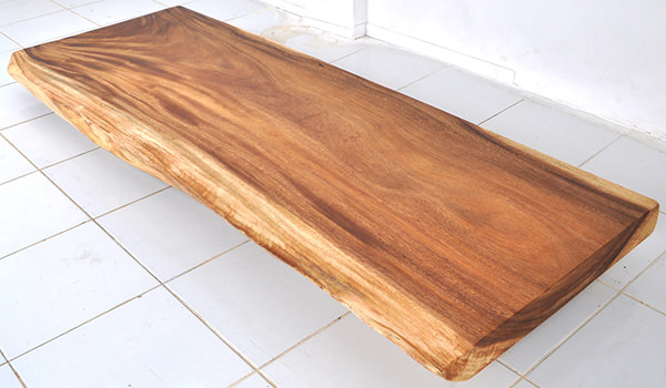 suar table with live edges