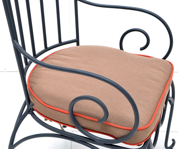 outdoor iron chair
