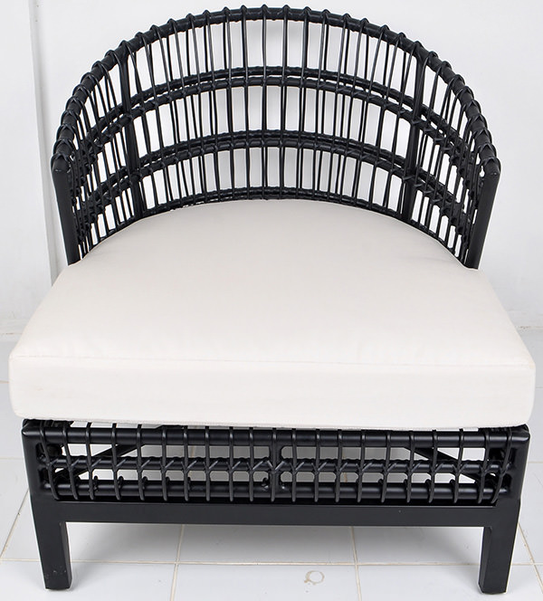 aluminium and synthetic rattan garden lounge chair