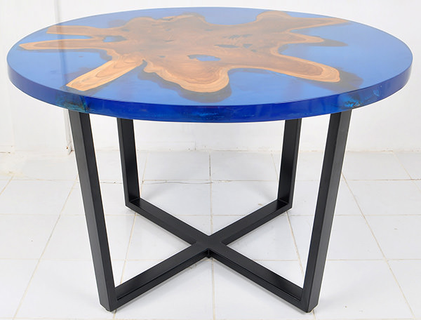 resin and teak round table