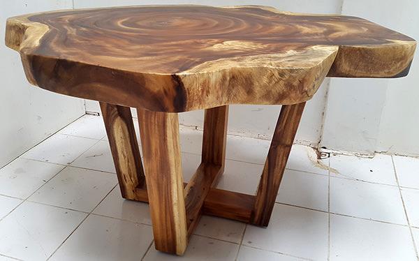 suar coffee table