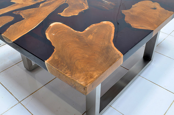 teak root and brown resin