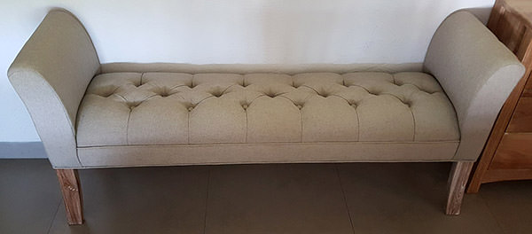 Burlesque Bench With Cream Upholstery For Bedroom