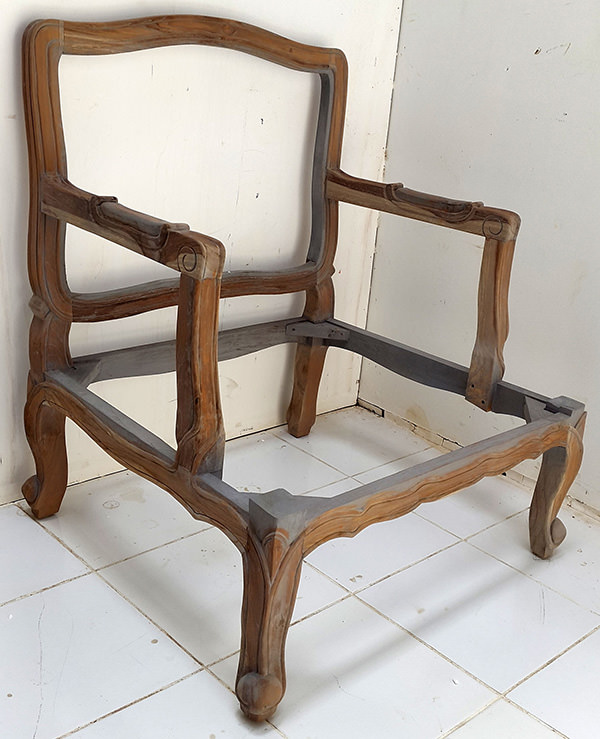 Balinese arm chair