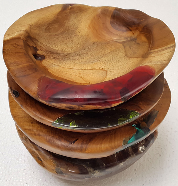 teak and colored resin plates