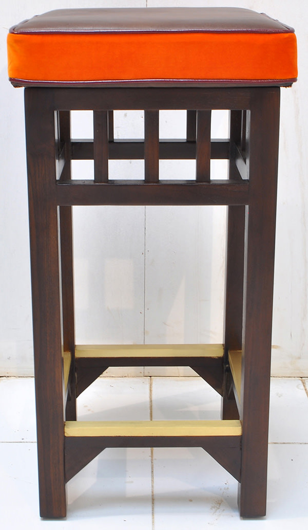 hospitality teak bar stool manufacturing from Indonesia