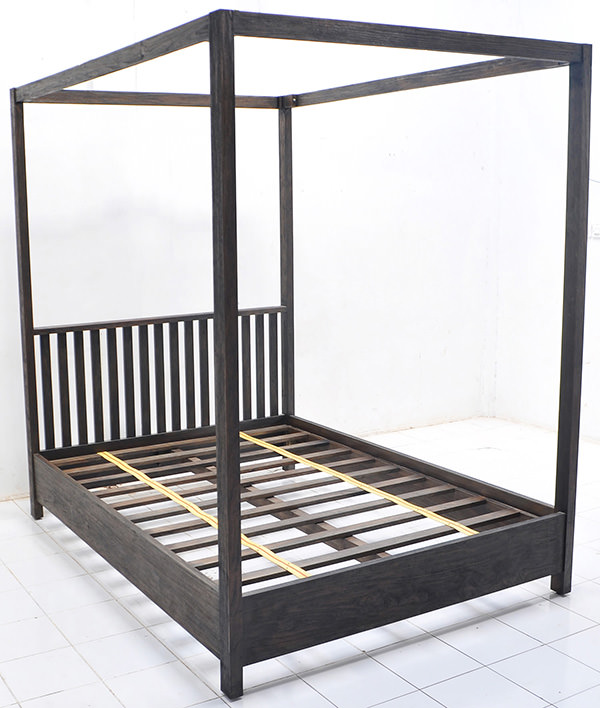 teak bed with canopy