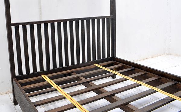 canopy teak bed