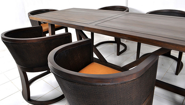 rectangular dining tables and chairs