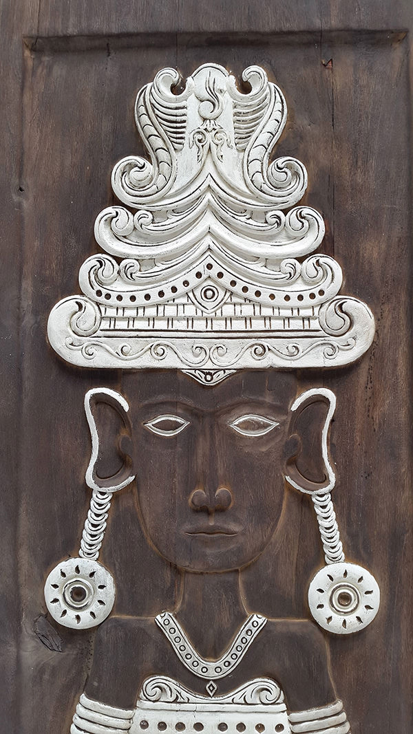 wall carved deco