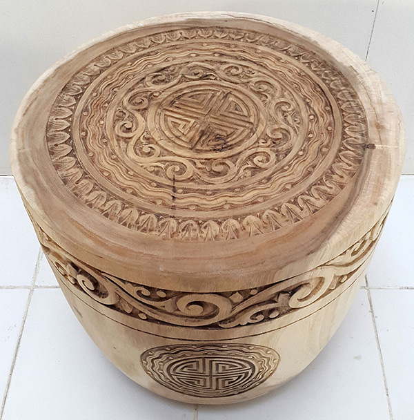 tribal carving on suar wood