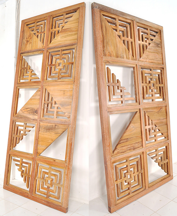 wooden restaurant partition panel