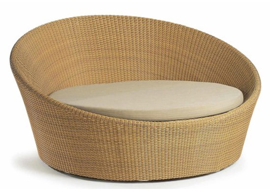 synthetic rattan day bed