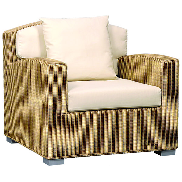 big synthetic rattan seat